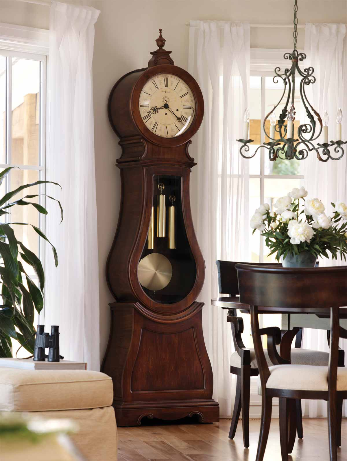 Which is better: A Howard Miller grandfather clock or a ...